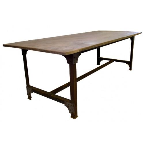 Eiken tafelblad met stalen onderstel
