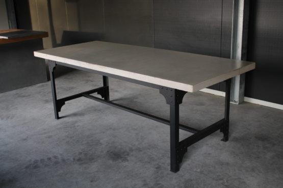 Beton Tafel Buiten : Beton tafels industriële tafels luxetafels gassel